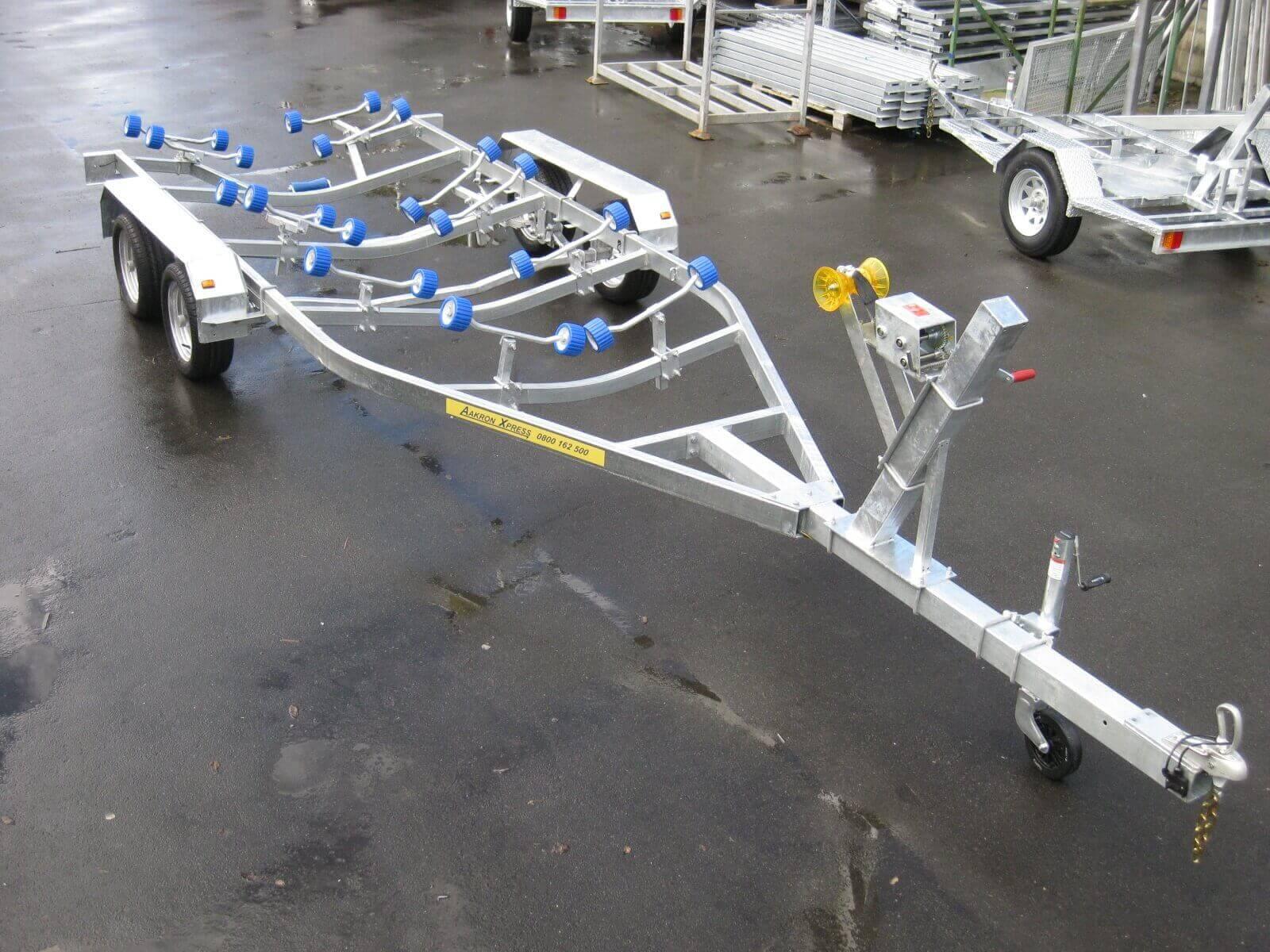 AX680T Boat Trailer